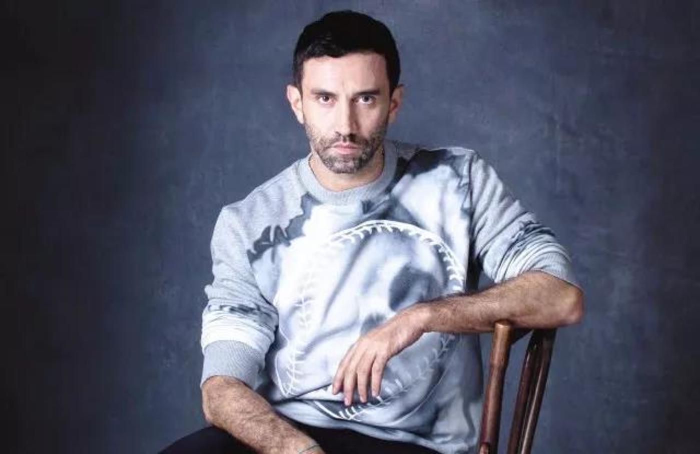 擅长将高级时装与街头服饰融合的Riccardo Tisci将是Burberry转变形象的关键人物