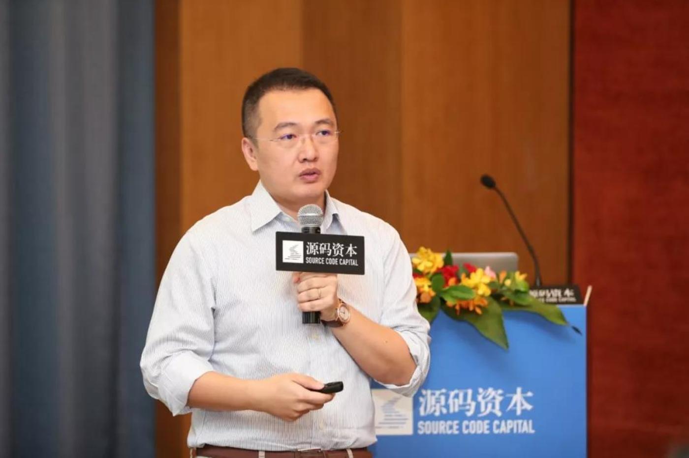 赵梦晗  先生 中伦文德律师事务所私募股权投资组的主管合伙人 曾为一家大型互联网企业的上万名员工设计股权激励计划, 为诸多互联网公司提供员工股权激励专项法律服务。