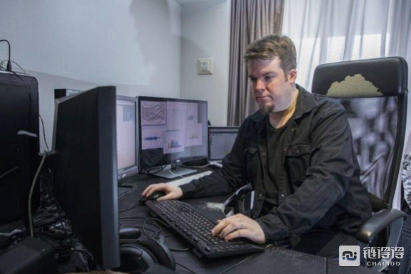 在找寻Mt. Gox失窃案的真相期间,吉姆·尼尔森只能进行最基本的操作