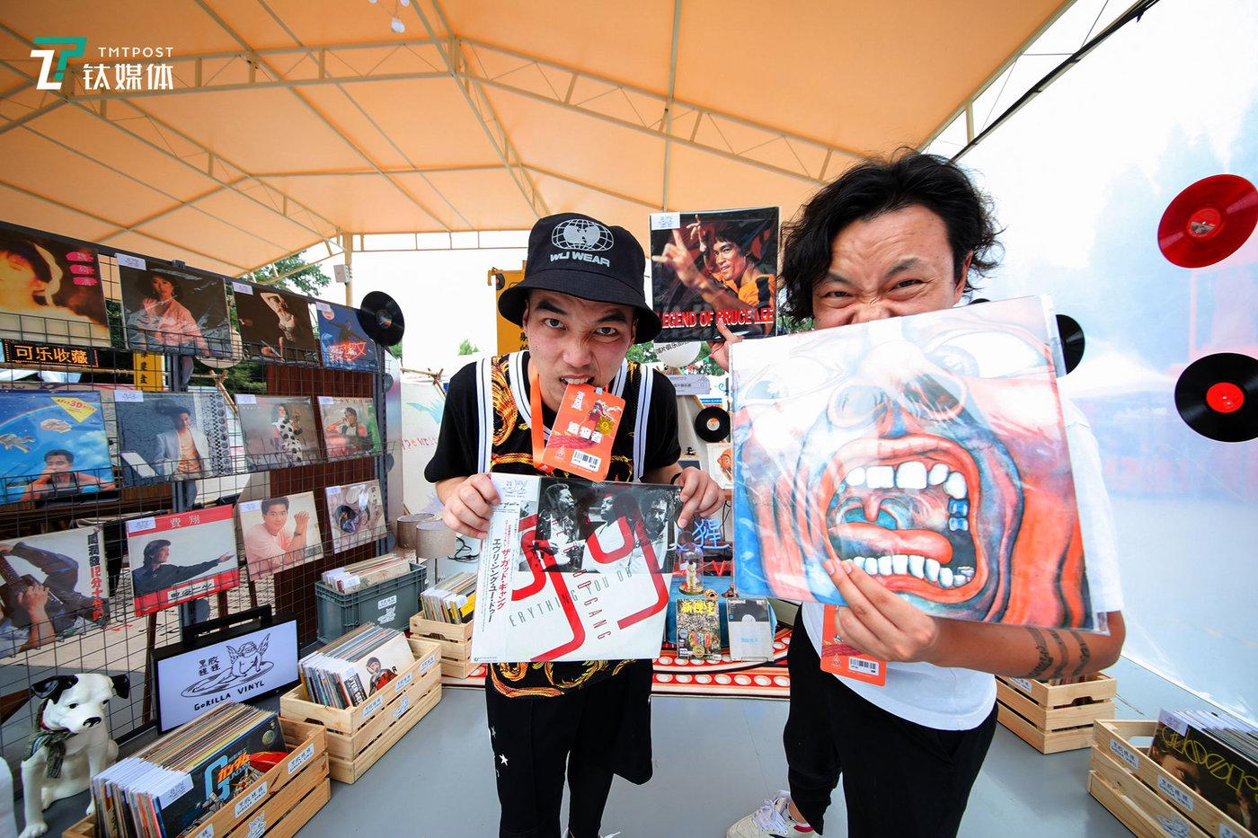 这次造物节有200位造物者带来了他们的藏品和创意商品。