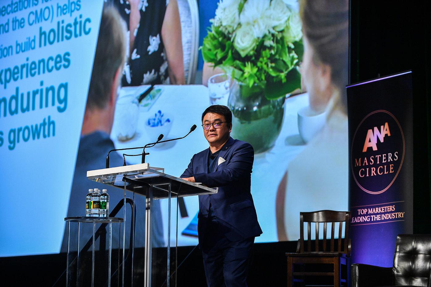 腾讯广告主席刘胜义在全球首席营销官发展峰会
