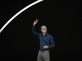 """苹果万亿市值恐成""""绝唱"""""""