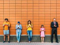 人人贱卖,社交型与社区型产品有何不同?