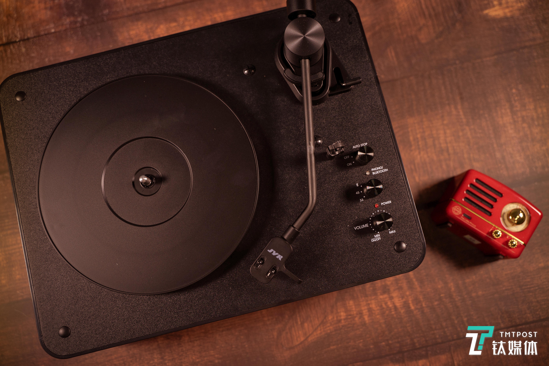 PLAY黑胶唱机