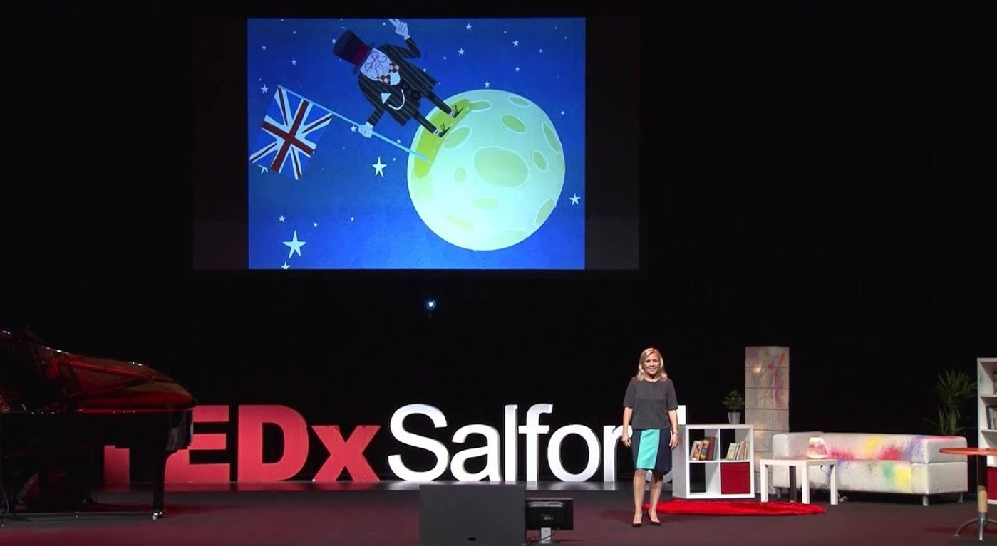 "在TEDxSalford上,Lucy作了题为""Science and Storytelling""的分享"