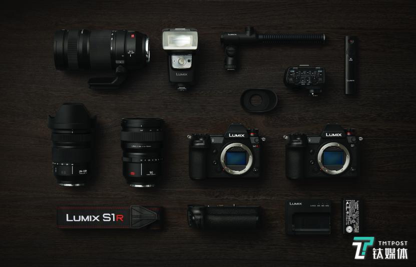 机内合成1.87亿高像素,松下发布LUMIX S全画幅微单及三款镜头