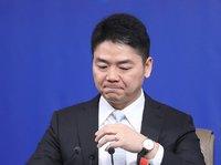 """强东沉寂,马云退休...互联网巨头""""储君""""记"""