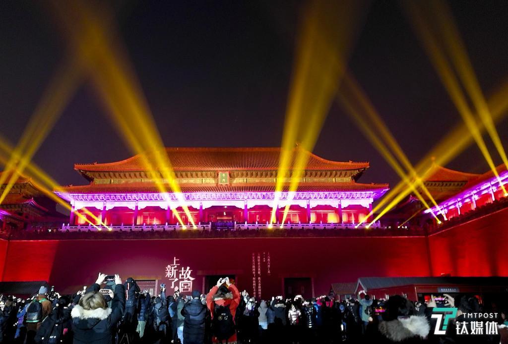 故宫首次灯光秀为什么引来一片争议?   钛度热评