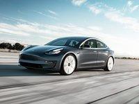 特斯拉推出3.5万美元Model 3,或终结连续季度盈利