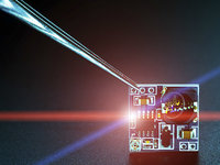 """5G谈""""风暴""""可能为之尚早,芯片厂商之间的拉锯战是热身赛"""