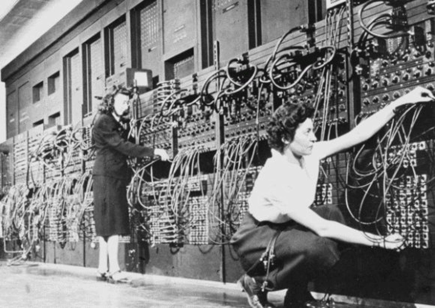 在ENIAC工作的女性/Wikimedia Commons