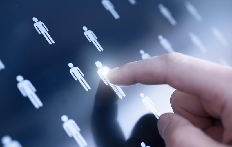 把HR看简历的时间节省40%,「Moka」想用 AI 改造招聘流程