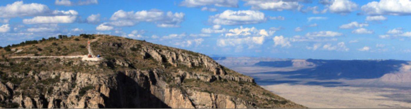 万年钟所在地 美国得克萨斯州西部群山