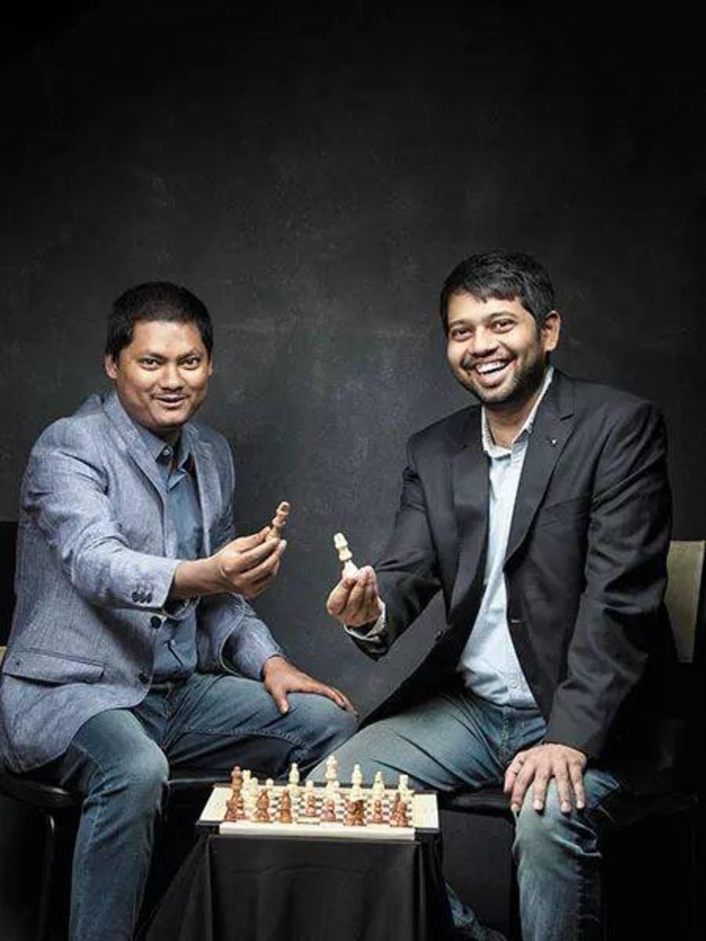 Arindam Manna(左)和Partha Pratim Das于2013年成立了Chanakyya