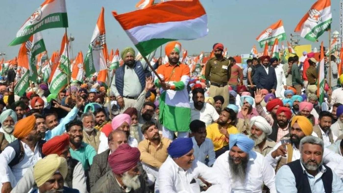 国大党支持者在旁遮普邦举行的竞选活动中