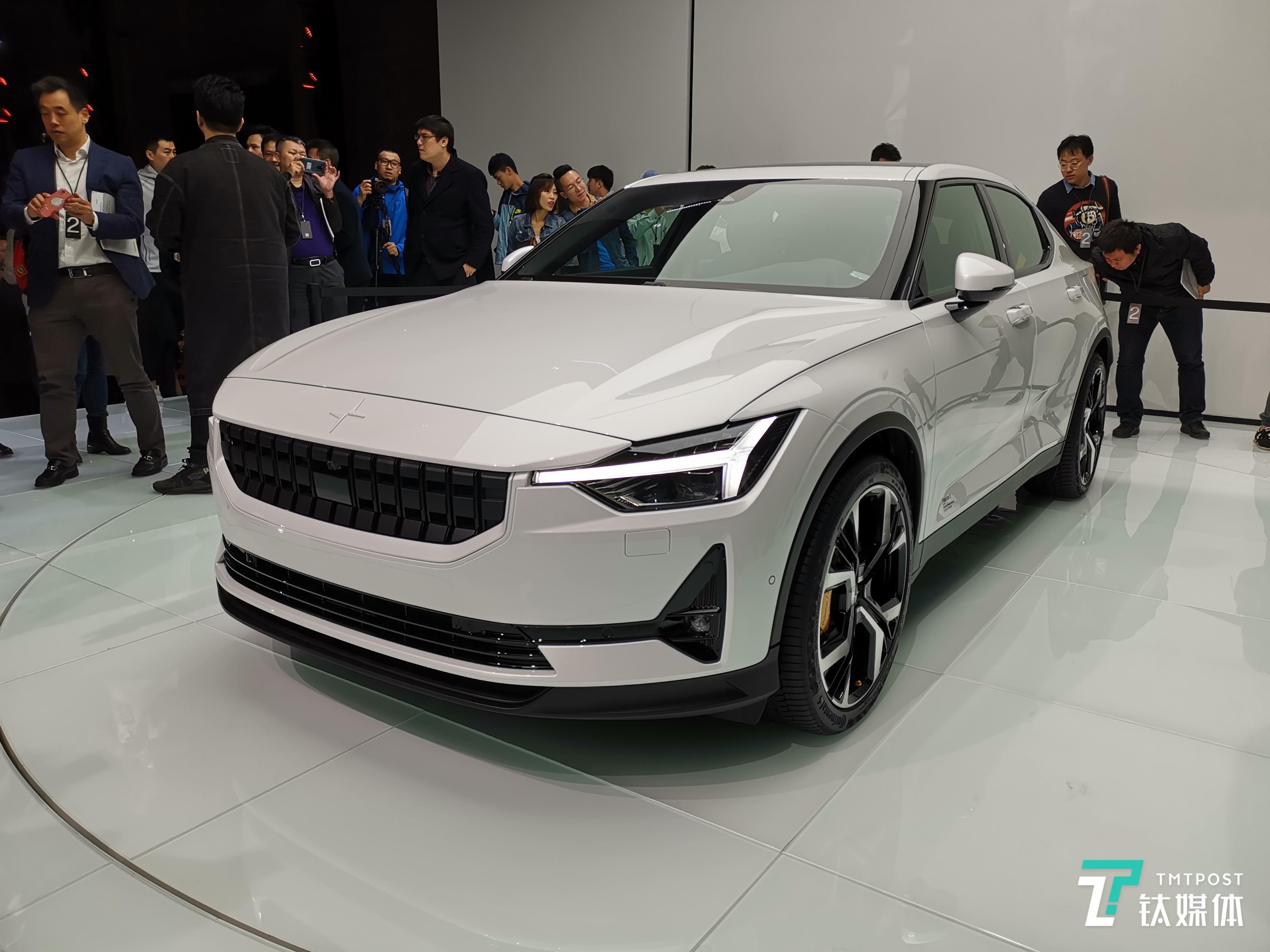 对标Model 3,极星Polestar 2中国首发明年量产 | 一线车讯