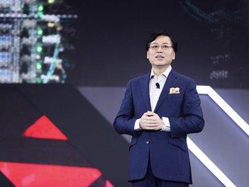杨元庆:联想营业额要保持两位数增长,PC新增营业额30亿美元