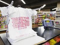 在非洲,你花錢也買不到塑料袋