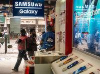"""印度中高端手机为何打起""""价格战""""?"""