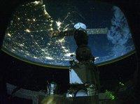 没了水、煤和光照,宇宙飞船是靠什么发电来维持运转的?