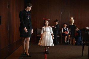 """【图集】""""贵族""""从娃娃抓起?2700元四小时,上海现""""西方贵族修养课"""""""