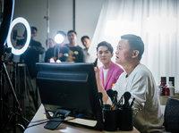中国网红二十年:从痞子蔡、芙蓉姐姐到李佳琦,流量与变现的博弈