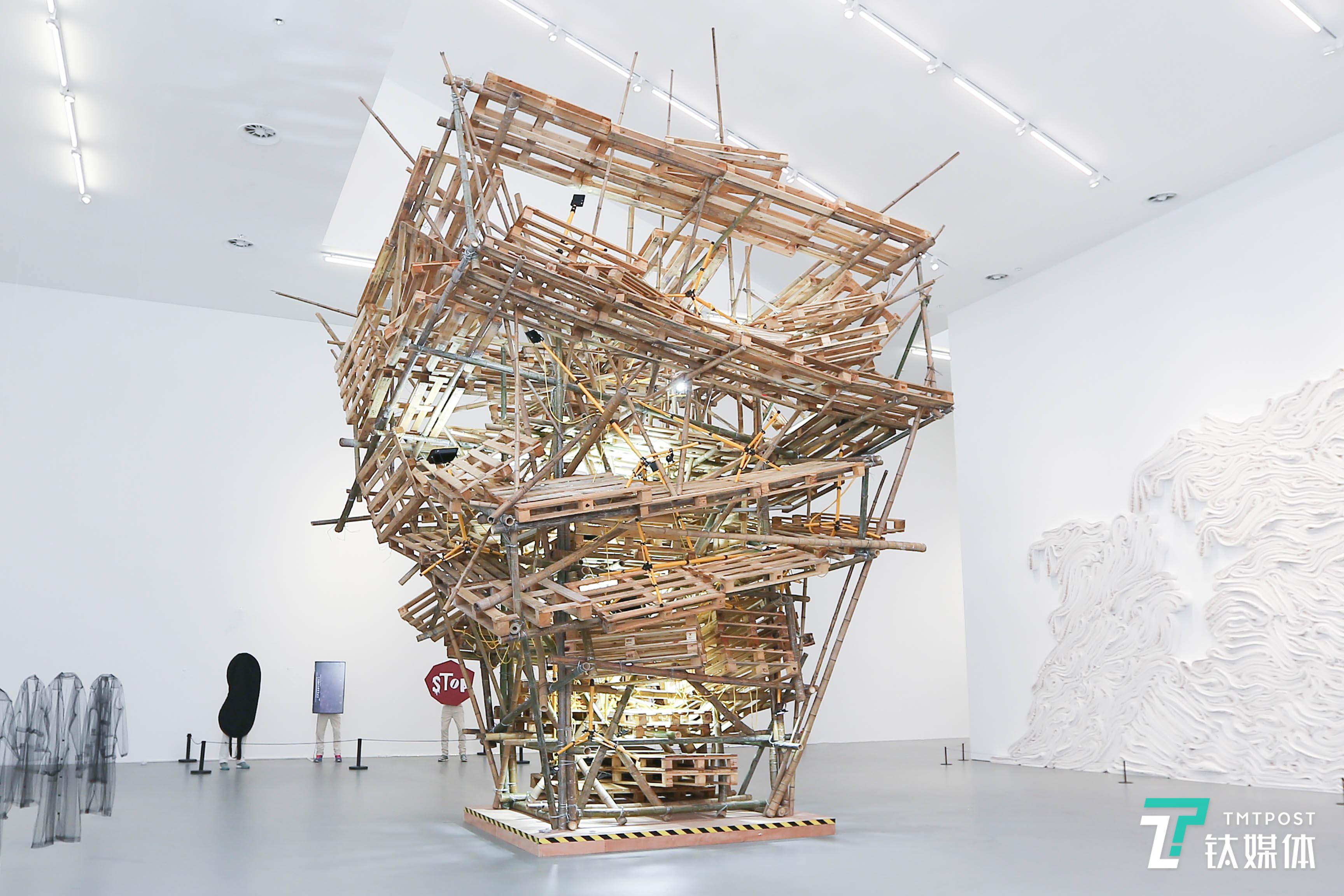 消费至上的智造时代,艺术家们怎么看?
