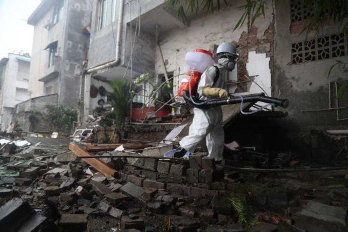 24小时:长宁地震生生死死的细节