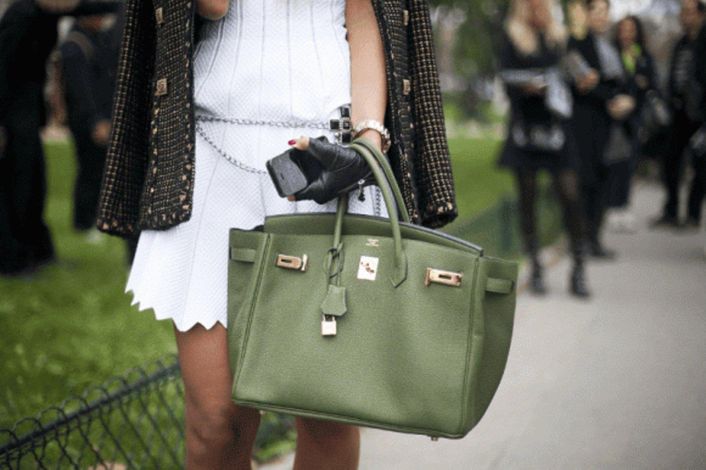 当获得一只铂金包和老花包变得不再困难,奢侈品会变得不再奢侈吗?
