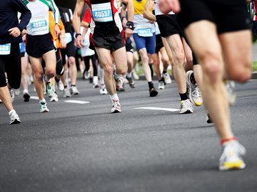 运动时尚消费人群洞察:马拉松关注度超越中超,球鞋交易鉴定平台悄然崛起