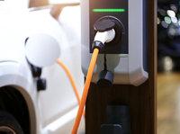 """被电池""""绑架""""的新能源汽车,只能选这条路吗?"""