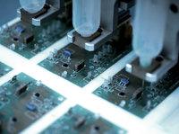韩国电子制造业简史:曾与美国同台竞技,又为何被日本钳住咽喉?