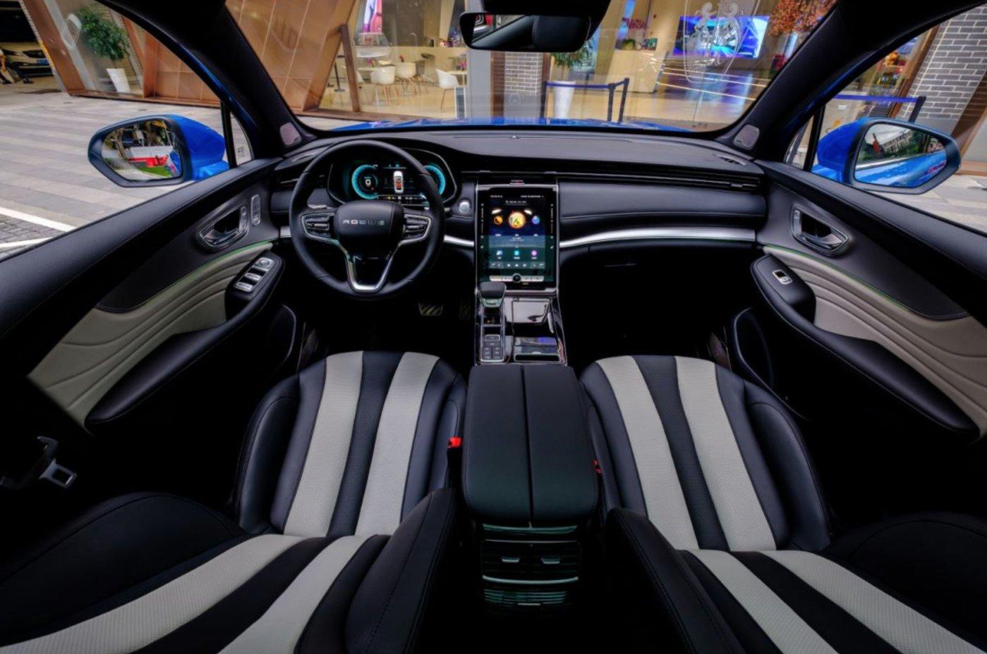 荣威RX5 MAX的内饰设计