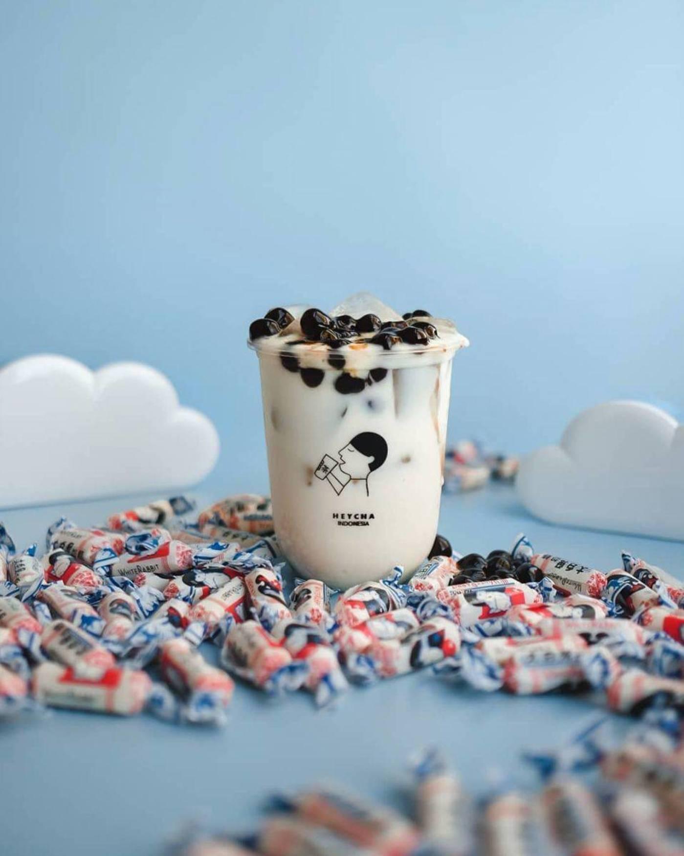 推出了大白兔奶糖味的奶茶——喜茶甚至都还没有这款饮品。