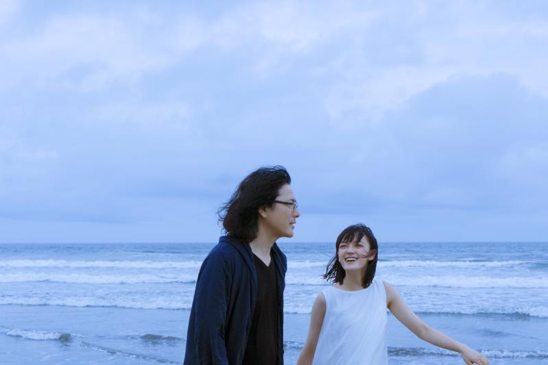 """岩井俊二为国货香水拍了一支微电影,还是熟悉的""""青春""""味道"""