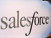 """净利润同比减少70%,Salesforce能否守住""""SaaS之王""""称号?"""