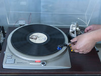 天价实体唱片,终究只是有价无市?