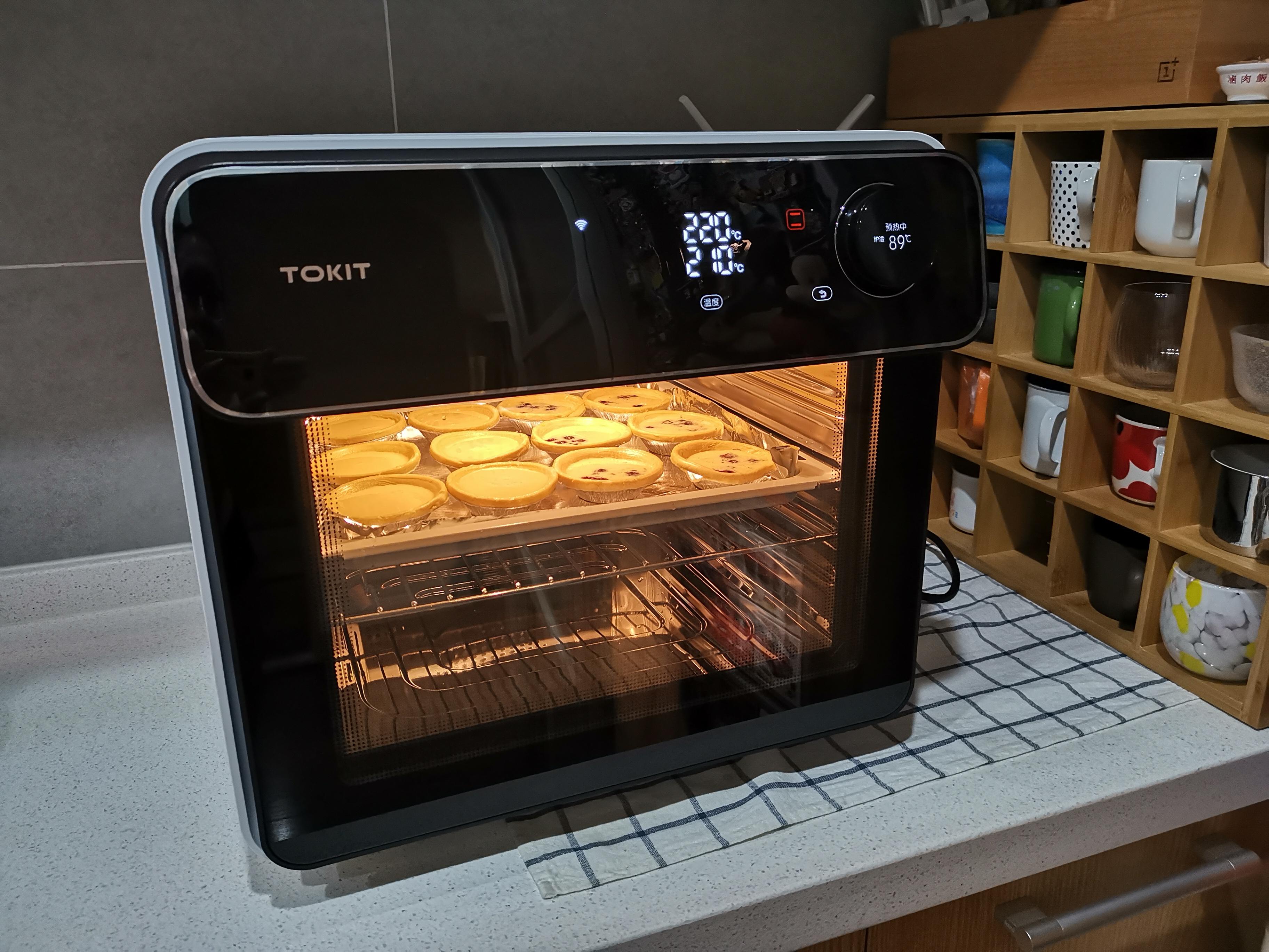 有一台会自拍的TOKIT智能电烤箱都能做什么?| 钛度实验室