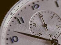 人往往高估一年的變化,但低估五年的變化