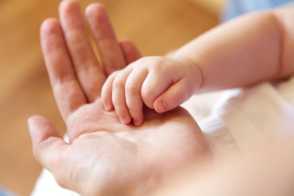 魏则西遗愿终实现,其父母通过试管婴儿重获一子