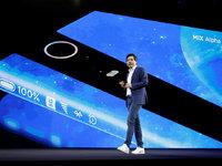 環繞屏產品經理:新手機設計催生的新物種