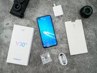 最具性价比的5G手机,荣耀V30 PRO评测 | 钛极客