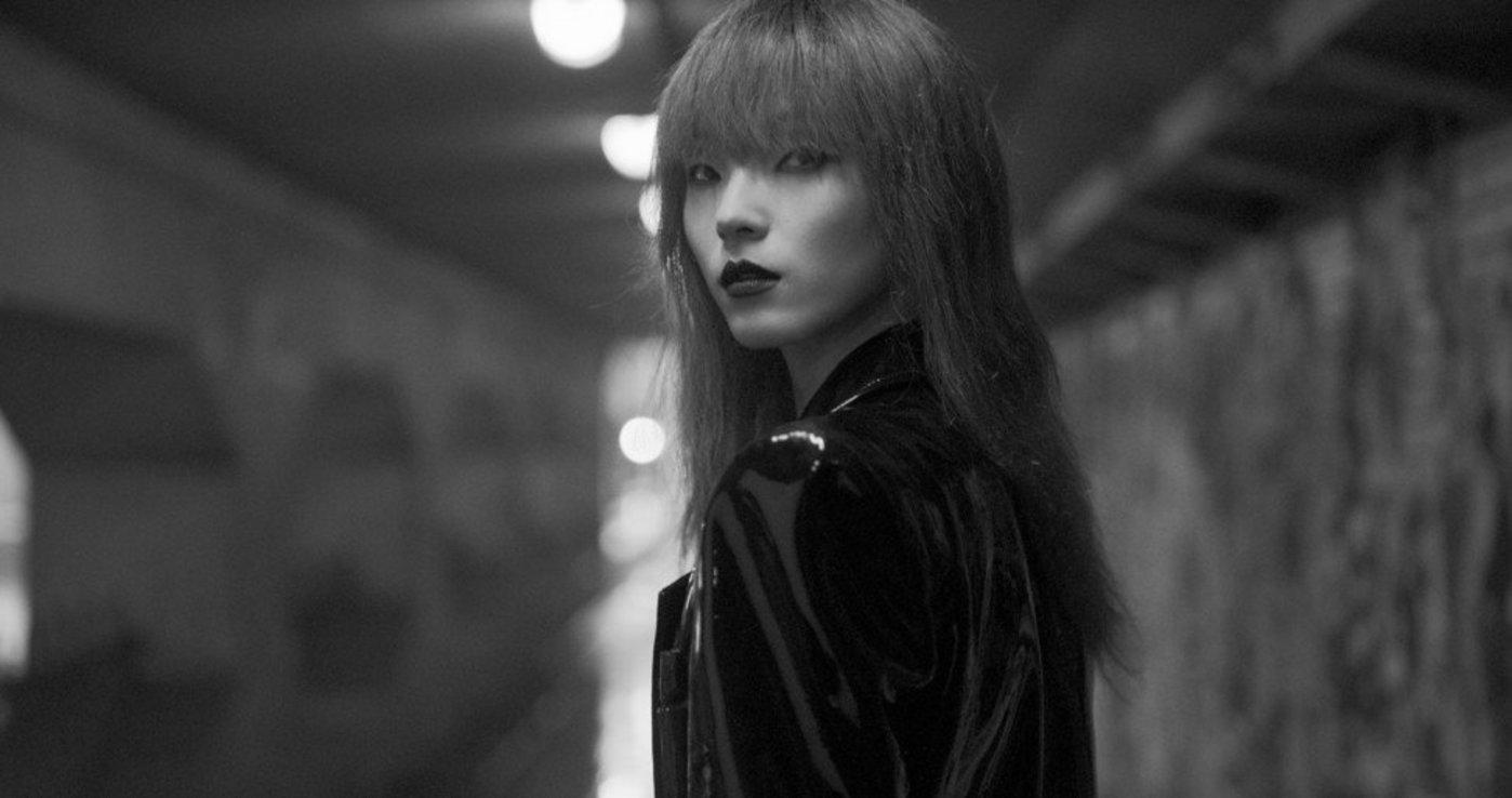 中国模特雎晓雯在短片中出演女主角