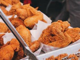 正新鸡排、叫了个鸡…看着挺火的炸鸡其实是最没门槛的生意