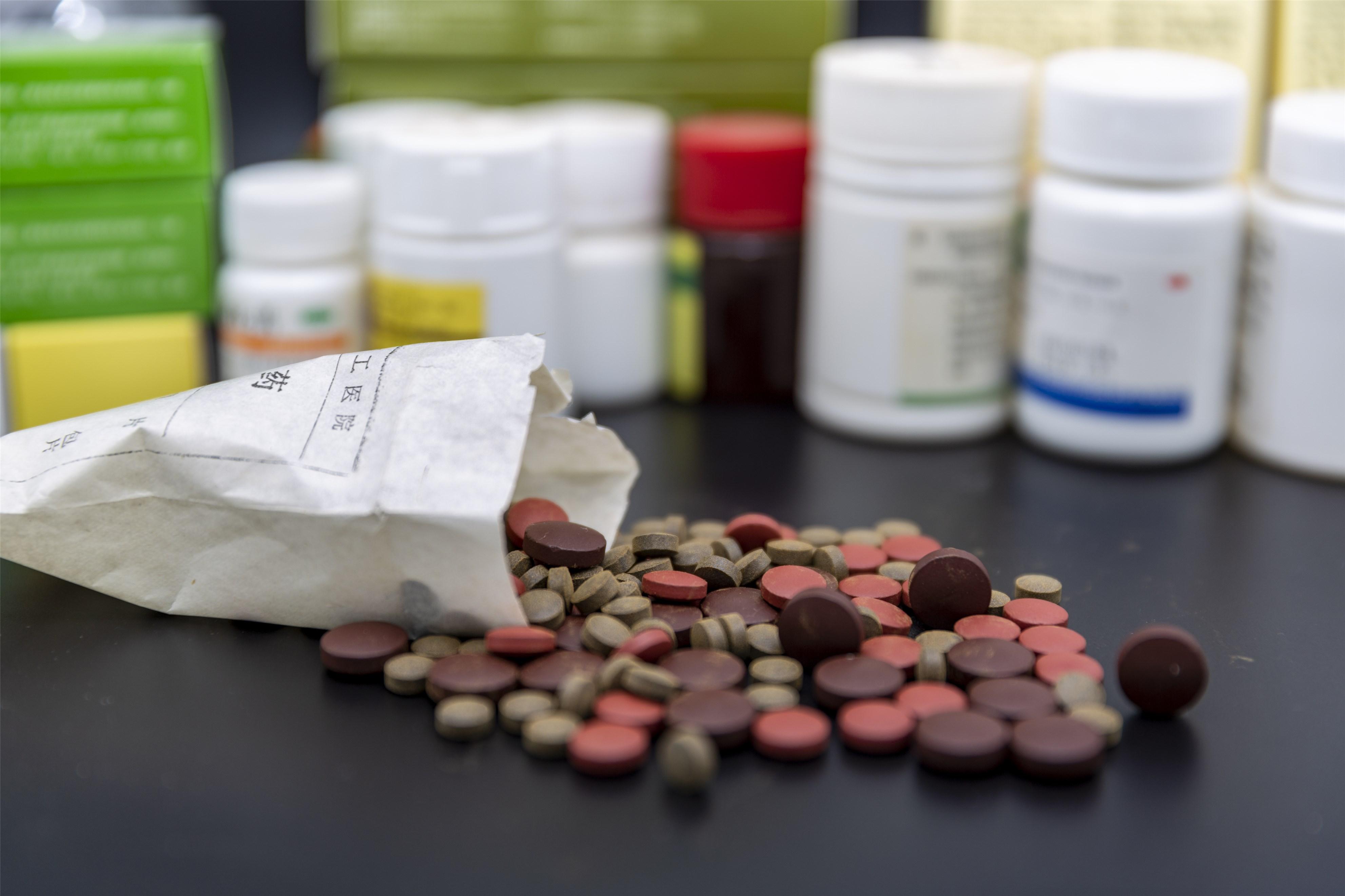 FDA批准智能监控药丸,我们找到了涉足药物依从