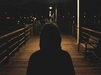 孤独经济背后:被厌弃的与被追求的