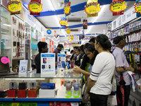 """印度五万家零售商,对五大智能手机品牌发出""""最后通牒"""""""
