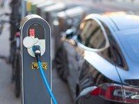 中汽協:2019年新能源汽車銷量同比下降4%,十年來首次負增長 | 鈦快訊