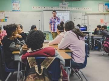 【书评】什么是最好的教育:缓解孩子压力的三个原则