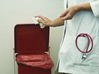 十万吨的疫情医疗废物去哪了?